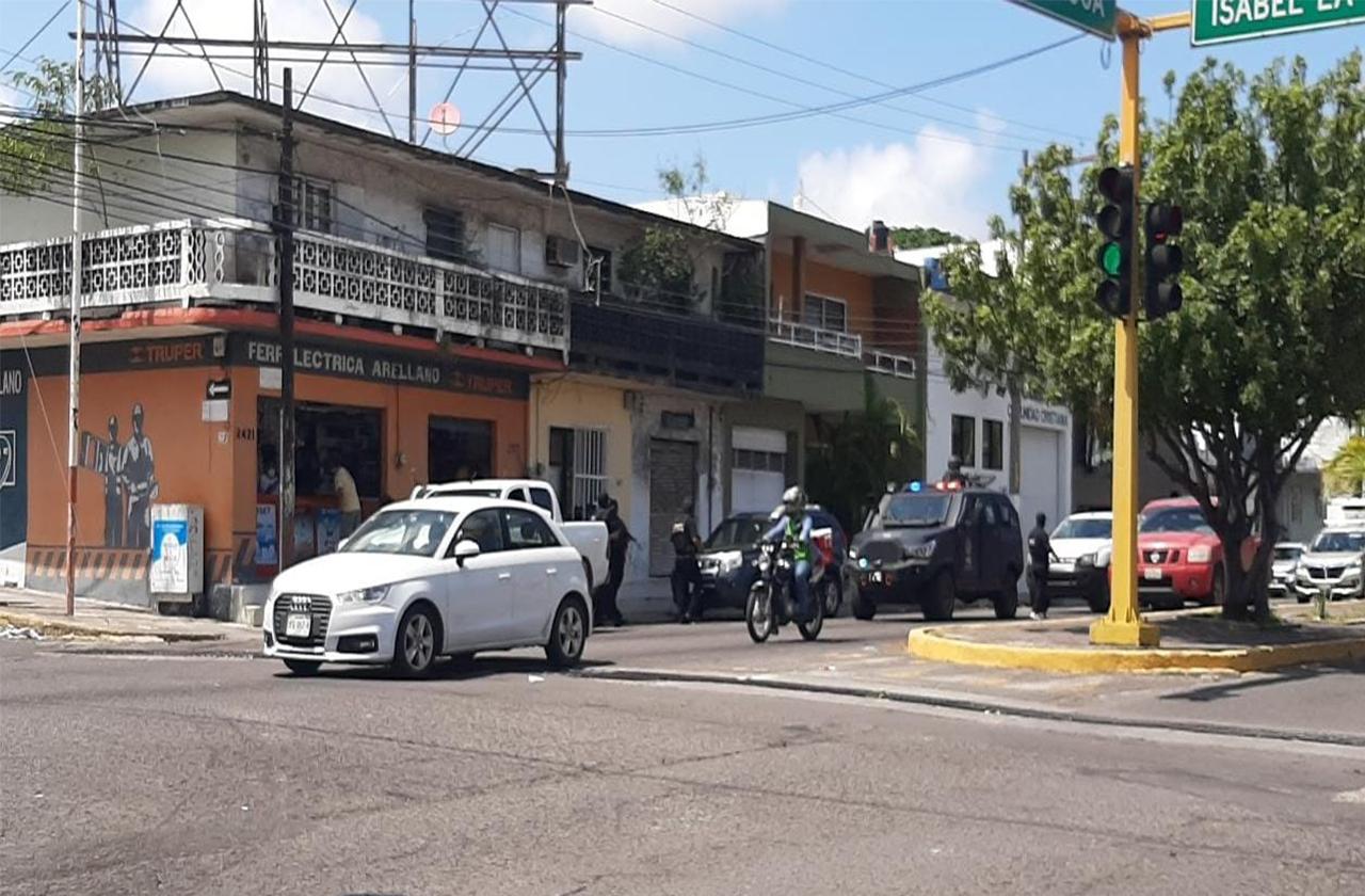 Reporte de balacera en carretera Veracruz-Xalapa alarma a vecinos
