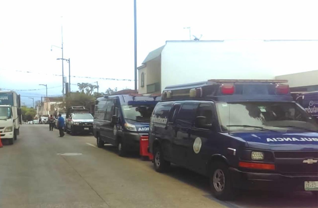 A balazos, atacan a empresario e hijo menor en Cuitláhuac; están graves