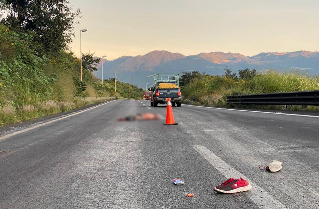 Reportan cuerpo atropellado por automovilistas en la Puebla-Córdoba