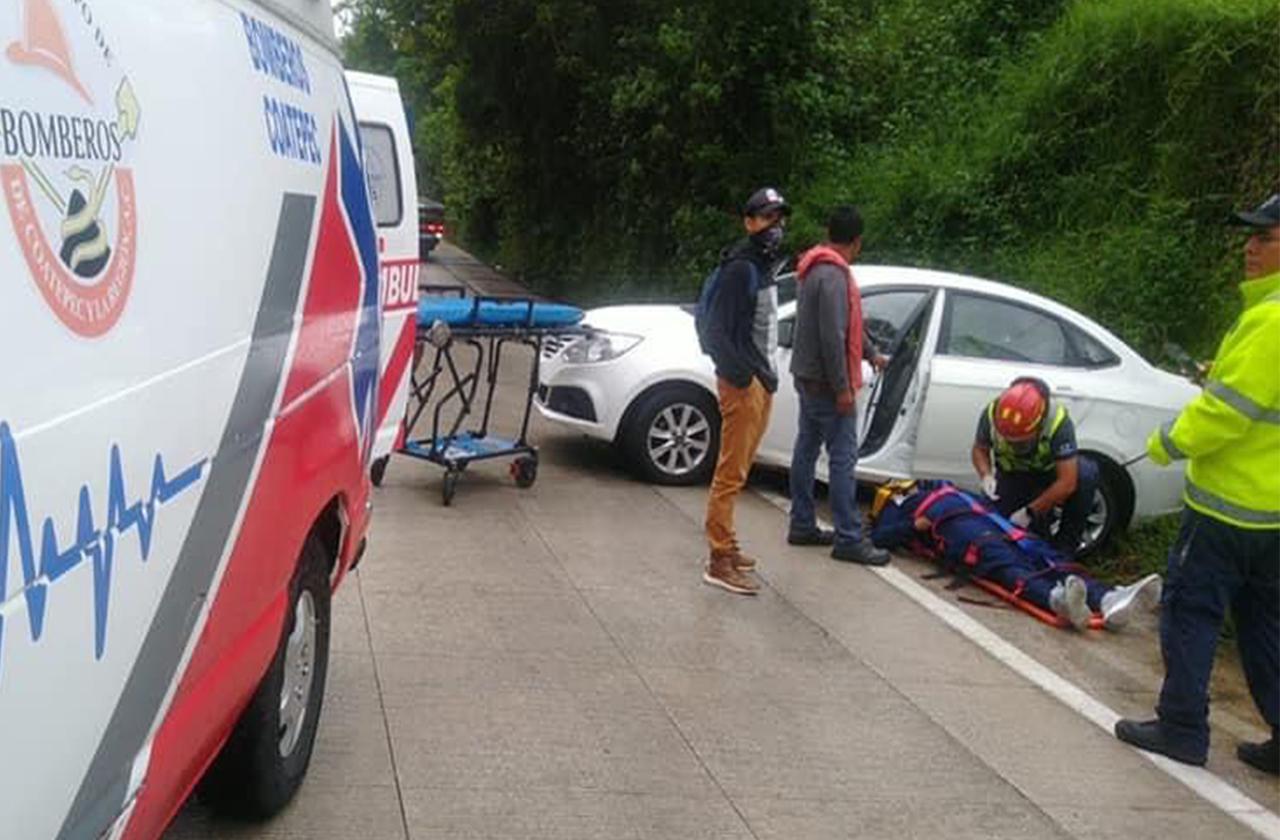 Choques en bulevar Xalapa-Coatepec afectan 12 autos este domingo