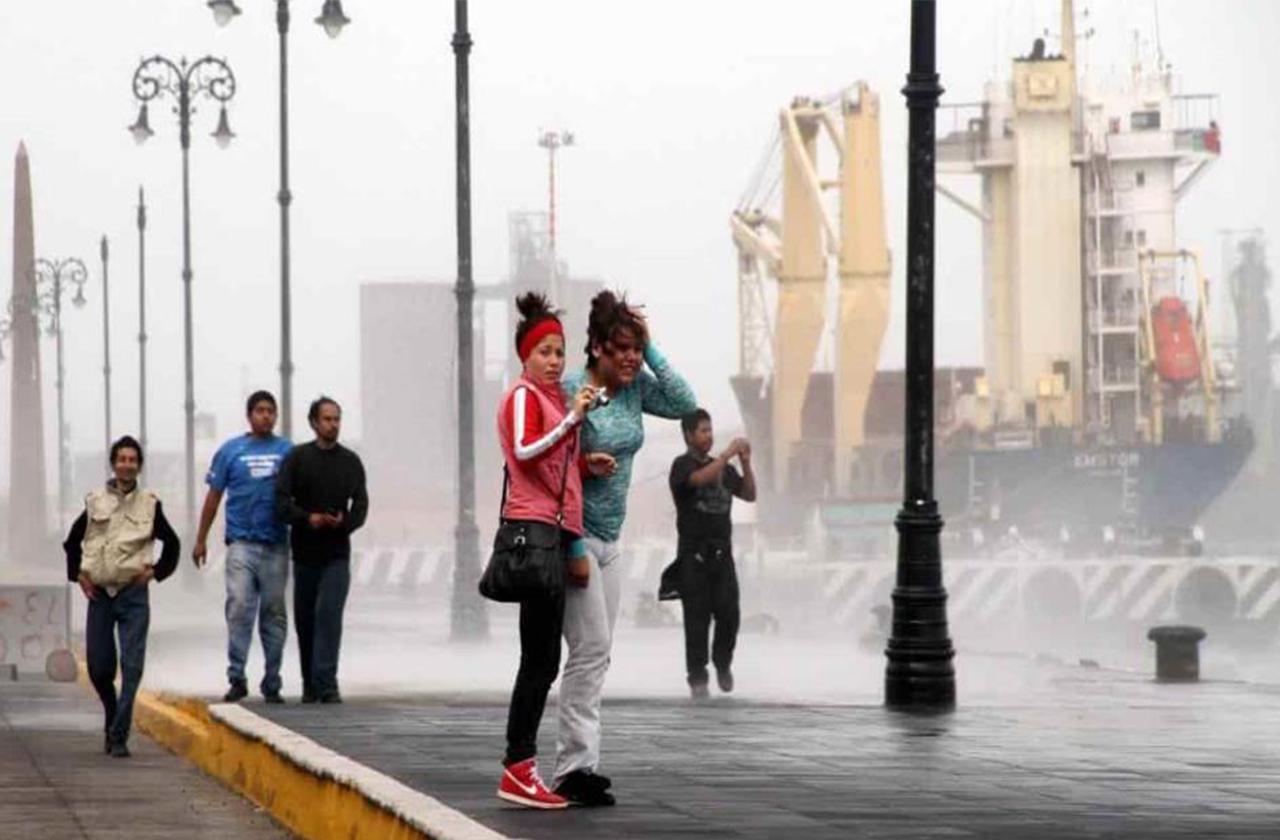 Norte en Veracruz se atrasa pero sigue alerta gris