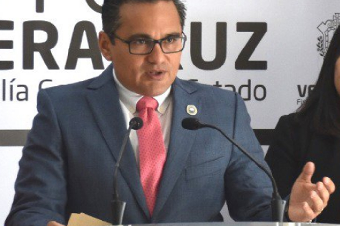 Pide Cuitláhuac a Congreso evaluar nuevamente desempeño del Fiscal