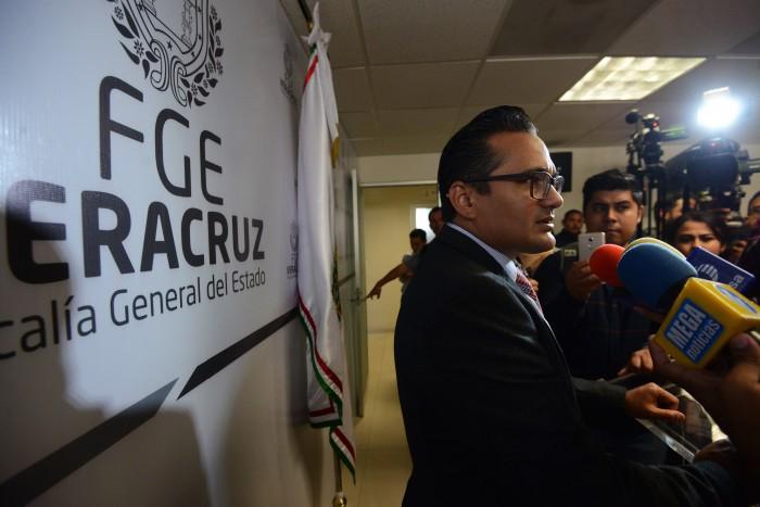 Congreso de Veracruz buscará separar del cargo al fiscal Jorge Winckler