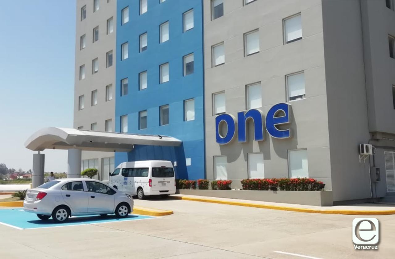 One, el primer hotel de Coatza en cerrar temporalmente por contingencia