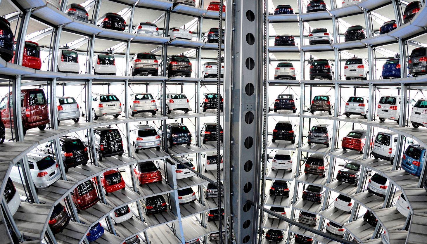 VW despedirá mañana a ingenieros de Audi y Porche