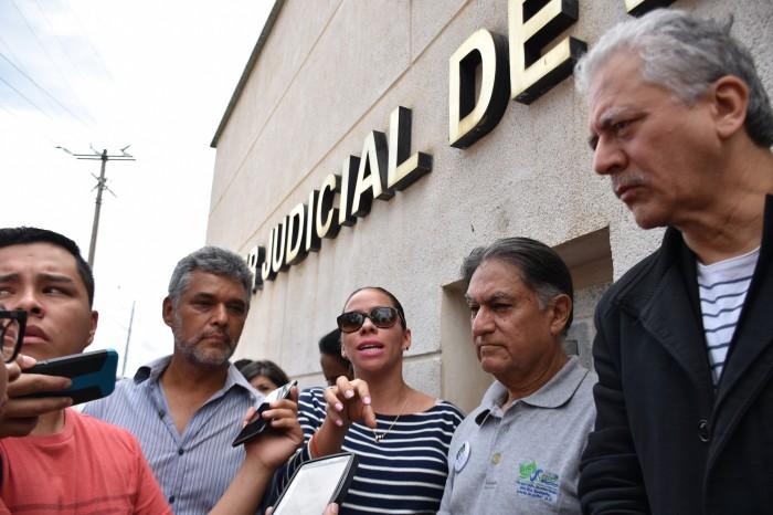Ciudadanos presentan amparo contra ampliación de concesión a Proactiva