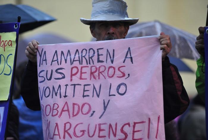 Colectivo En defensa de la UV busca llevar juicio contra Duarte a La Haya