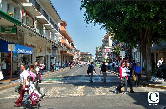 Xalapa en riesgo de volver a semáforo rojo