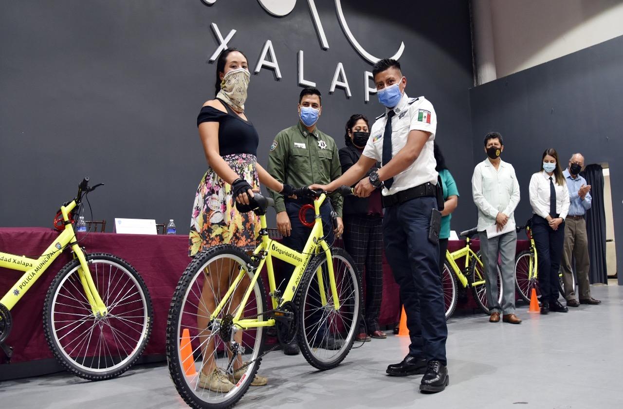 Xalapa estrena unidad de Policías Ciclistas; operará en ciclovía
