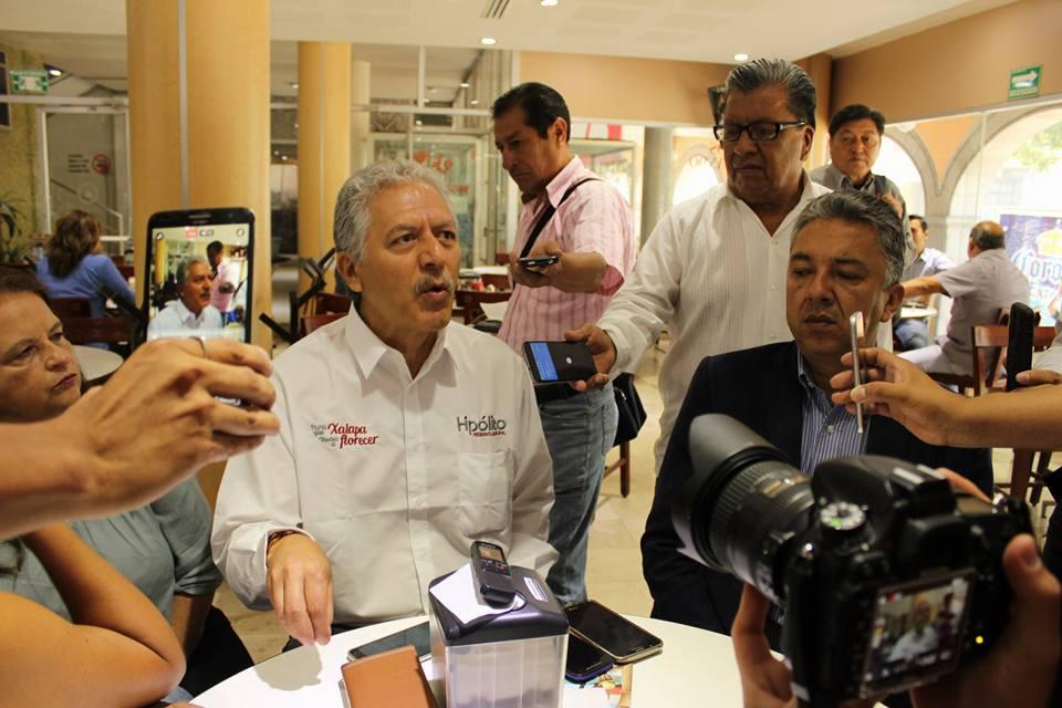 Sin legitimidad, acuerdos de Cabildo para aprobar gasoducto en Xalapa: Hipólito Rodríguez