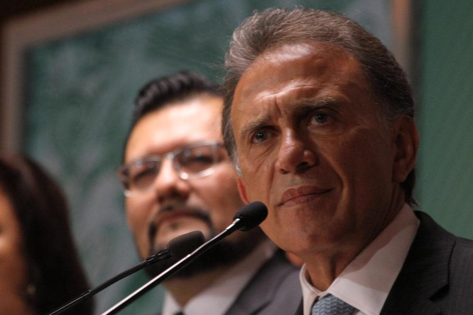 Miguel Ángel Yunes se reunirá este martes con el presidente Enrique Peña Nieto