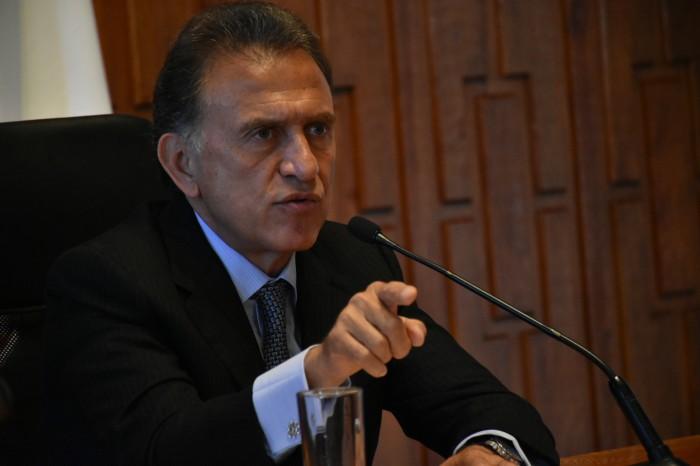 Nada obliga a evaluar los primeros 100 días de gobierno, dice Yunes