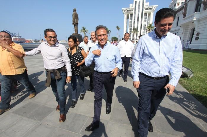 PGR debe profundizar en investigación sobre Fidel Herrera: Yunes Linares