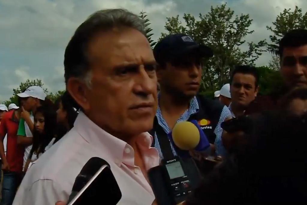 A 20 días de elecciones, Yunes anuncia que recuperará inmueble en el extranjero