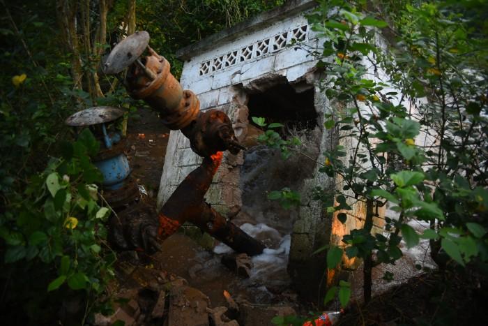 Se aplicará la ley si toman la presa Yuribia: Yunes Linares